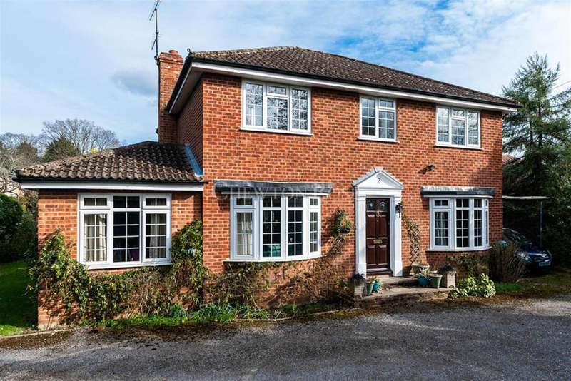 4 Bedrooms Detached House for sale in Old Farm Drive, Bracknell