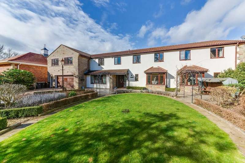 5 Bedrooms Detached House for sale in Todwick Grange, Todwick