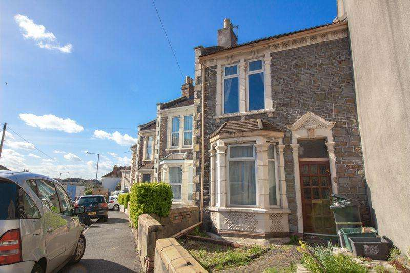 3 Bedrooms House for sale in Whiteway Road, St. George