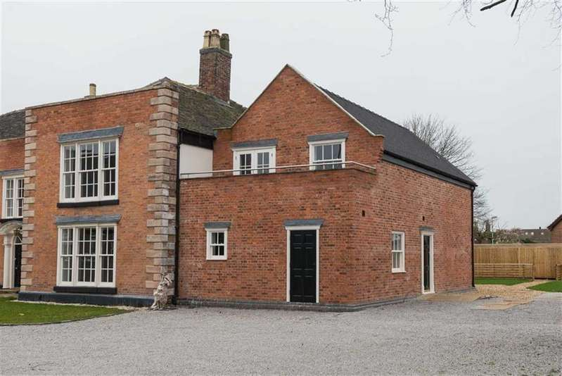 2 Bedrooms Apartment Flat for sale in The Rookery, Nantwich, Cheshire