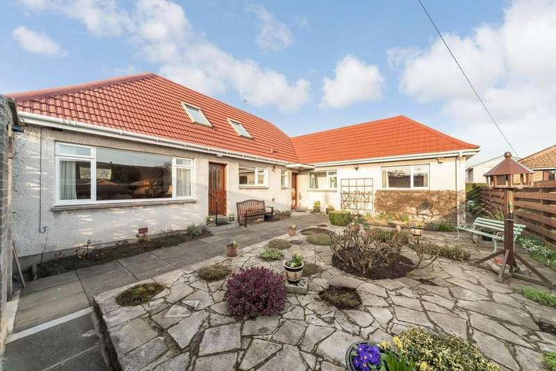 4 Bedrooms Detached House for sale in 21A Waggon Road, Crossford, KY12 8NP