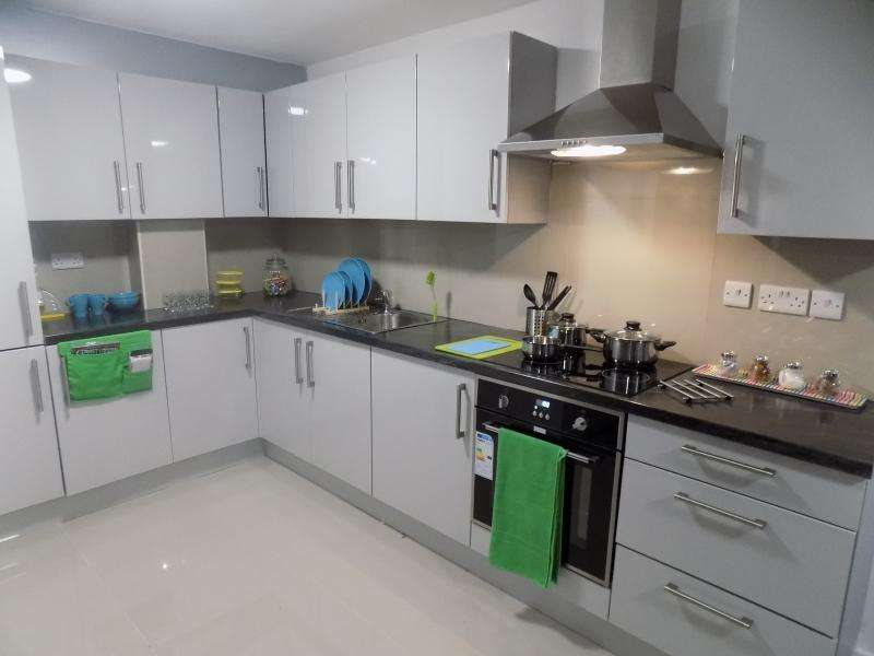 6 Bedrooms Apartment Flat for rent in Oakwood House, InFirmary Road, Sheffield