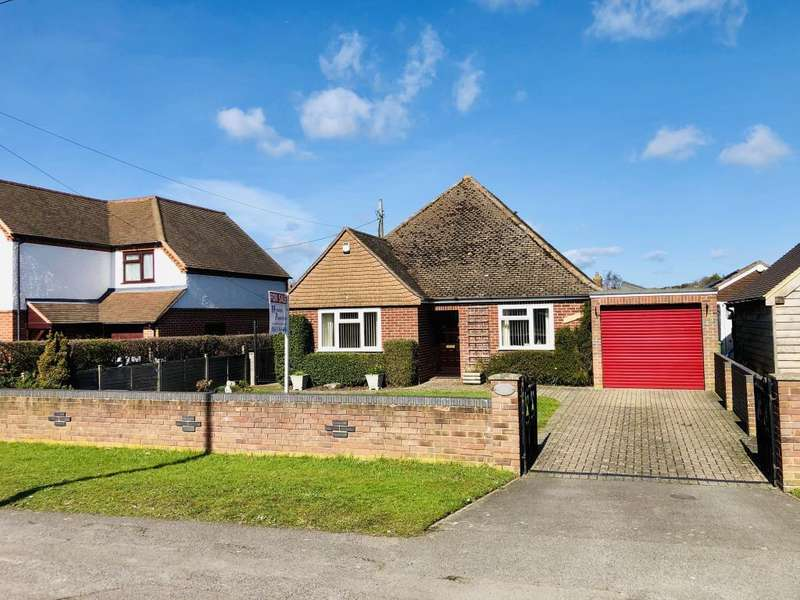 3 Bedrooms Detached Bungalow for sale in Bath Road, Thatcham, RG18