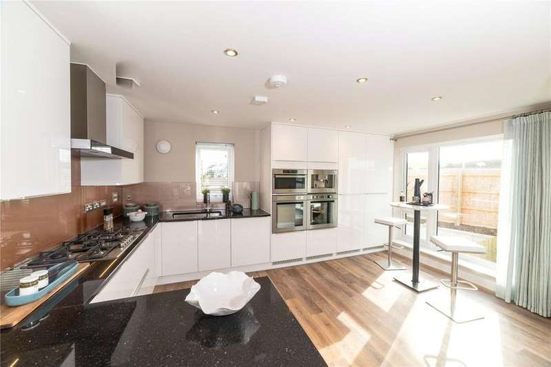3 Bedrooms Semi Detached House for sale in 3 bedroom semi detached home with car port