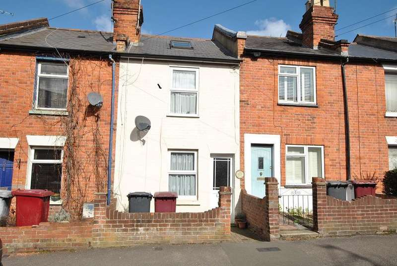 3 Bedrooms Terraced House for sale in Oxford Street, Caversham, Reading
