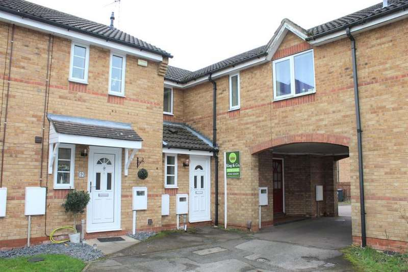 3 Bedrooms Terraced House for sale in Furndown Court, Lincoln