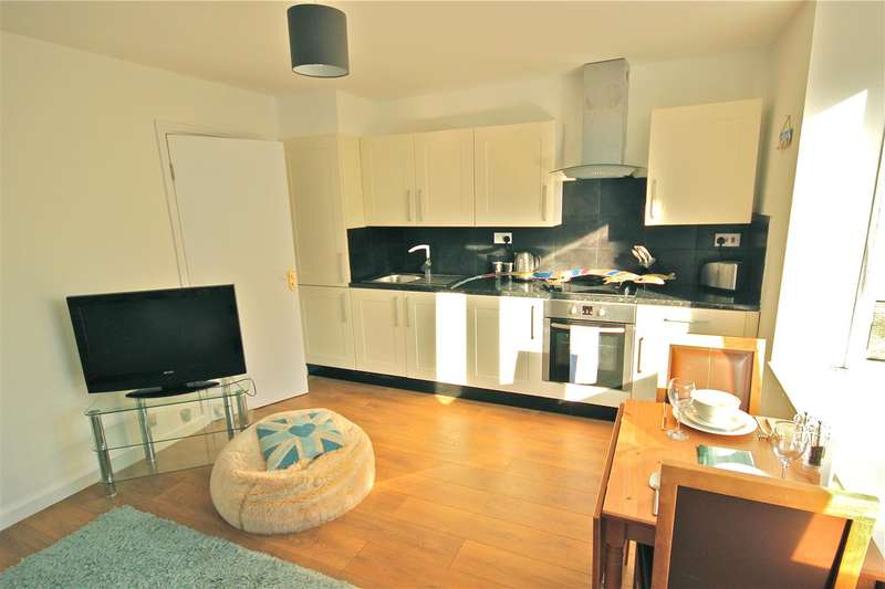 2 Bedrooms Apartment Flat for rent in Mayflower Square, Brighton