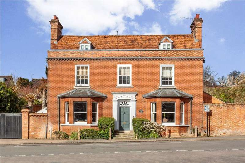 5 Bedrooms Detached House for sale in Lower Street, Stansted, CM24