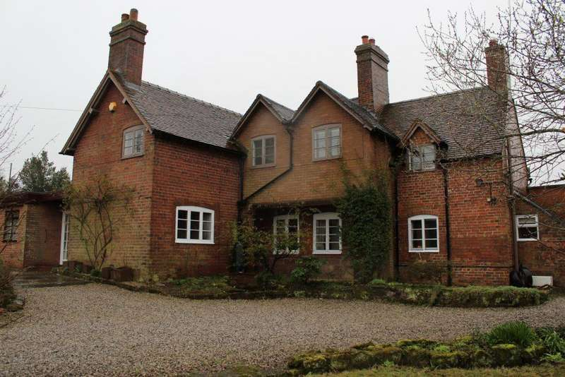 4 Bedrooms Country House Character Property for sale in PENNY HERON, HEATH HILL, SHIFNAL