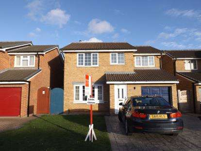 4 Bedrooms Detached House for sale in Girton Walk, Darlington, County Durham