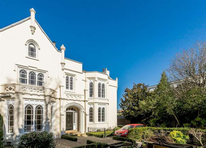 4 Bedrooms Town House for sale in Warwick Place, Leamington Spa, Warwickshire