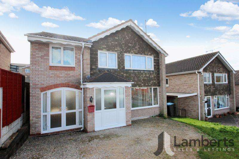 5 Bedrooms Detached House for sale in St. Judes Avenue, Studley