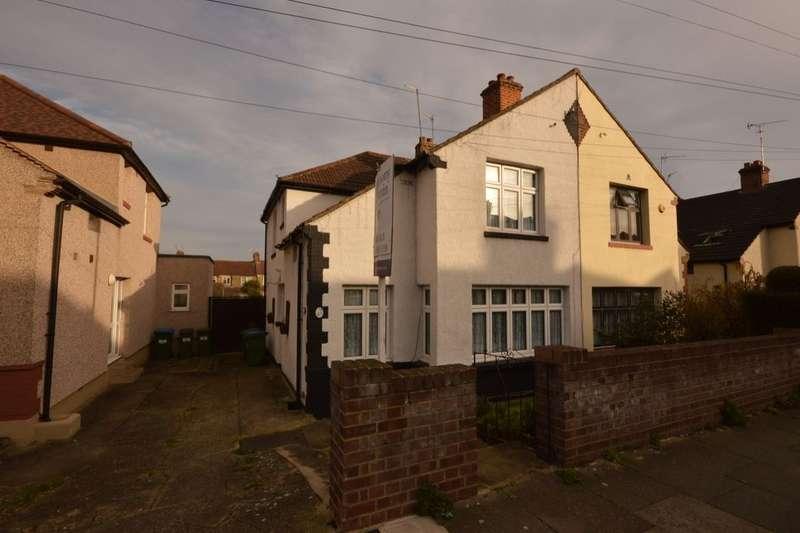 4 Bedrooms Semi Detached House for sale in Woodhurst Road, Abbey Wood , London, SE2