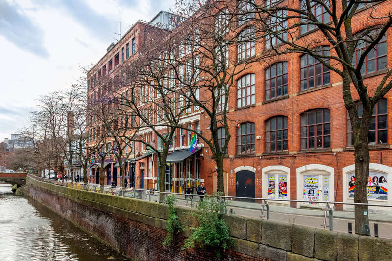 2 Bedrooms Flat for sale in 10 Canal Street, Manchester