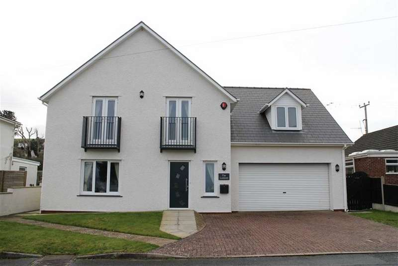 4 Bedrooms Detached House for sale in Ffordd Y Fulfran, Borth