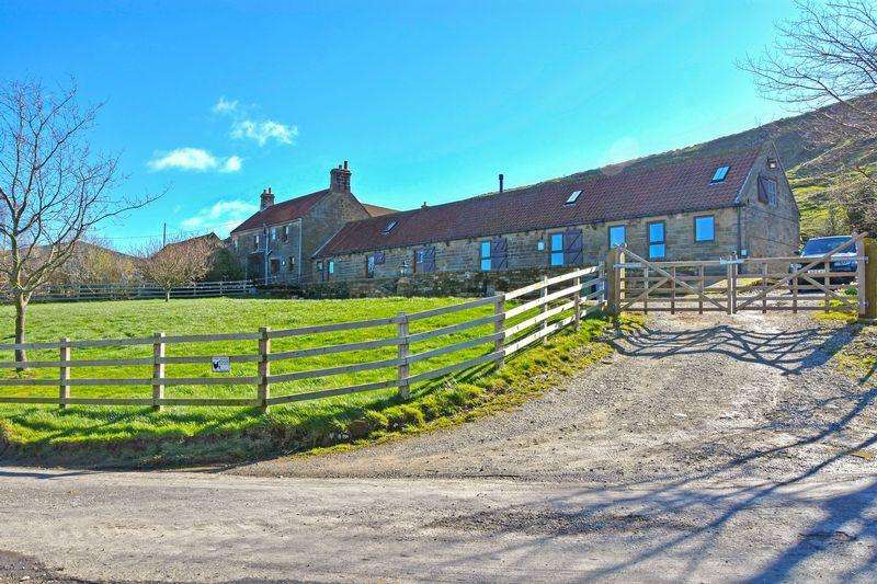 3 Bedrooms Semi Detached House for sale in Low Gill Beck, Whitby