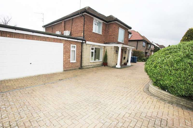 4 Bedrooms Detached House for sale in Glanleam Road, Stanmore, Greater London. HA7 4NW