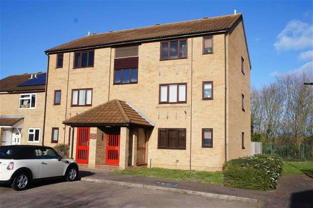 2 Bedrooms Flat for sale in Alburgh Close, Bedford