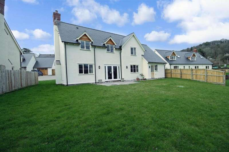 3 Bedrooms Detached House for sale in Bwlch-Y-Cibau, Llanfyllin