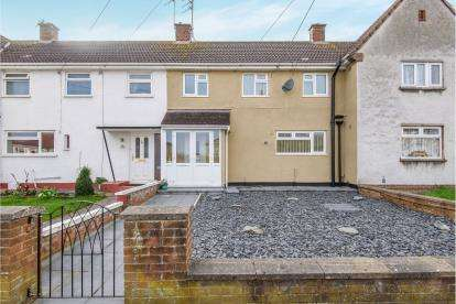3 Bedrooms Terraced House for sale in Tenniscourt Road, Kingswood, Bristol