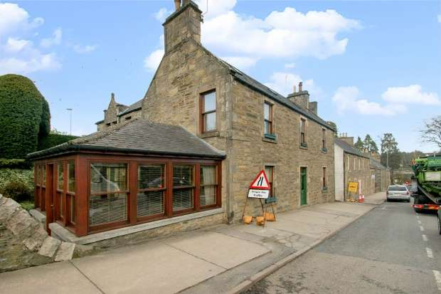 6 Bedrooms Detached House for sale in Appinhouse, Regent Street, Moray, Banffshire, AB55 5DW