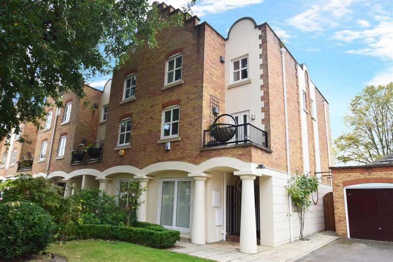 4 Bedrooms End Of Terrace House for sale in Herons Place, Old Isleworth