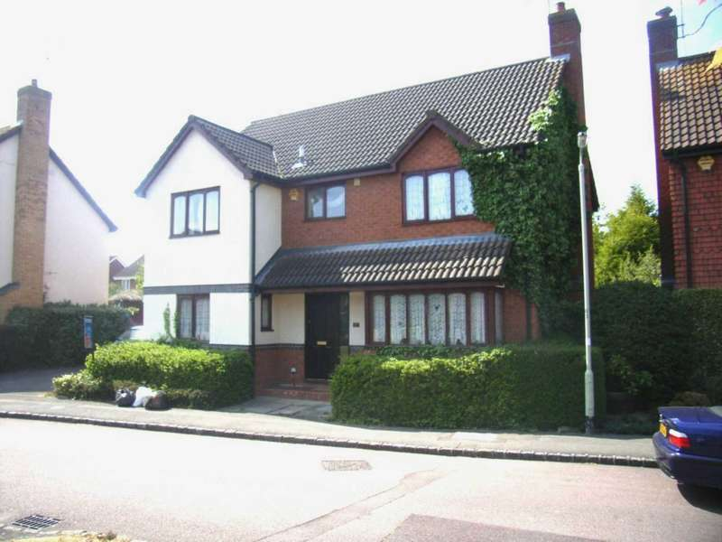 6 Bedrooms House for rent in Woodward Close, Winnersh