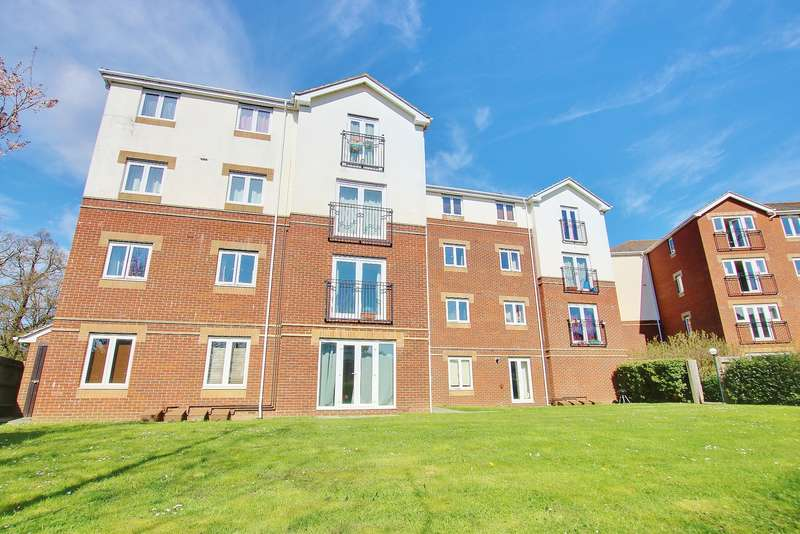 2 Bedrooms Apartment Flat for sale in TWO DOUBLE BEDROOMS! POPULAR LOCATION! A MUST SEE!