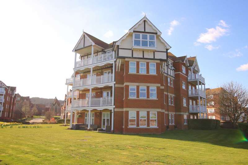 2 Bedrooms Flat for sale in Darley Road, Eastbourne, BN20 7GA