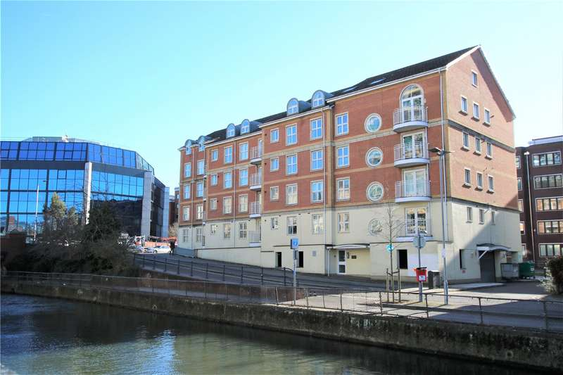 2 Bedrooms Penthouse Flat for rent in Grantley Heights, Kennet Side, Reading, Berkshire, RG1