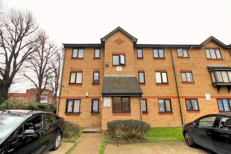 1 Bedroom Flat for sale in Wigston Close, Edmonton, N18