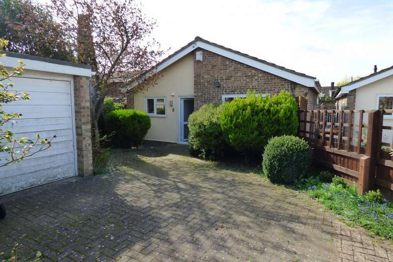 2 Bedrooms Detached Bungalow for sale in Bedford, Beds, MK41 8BN