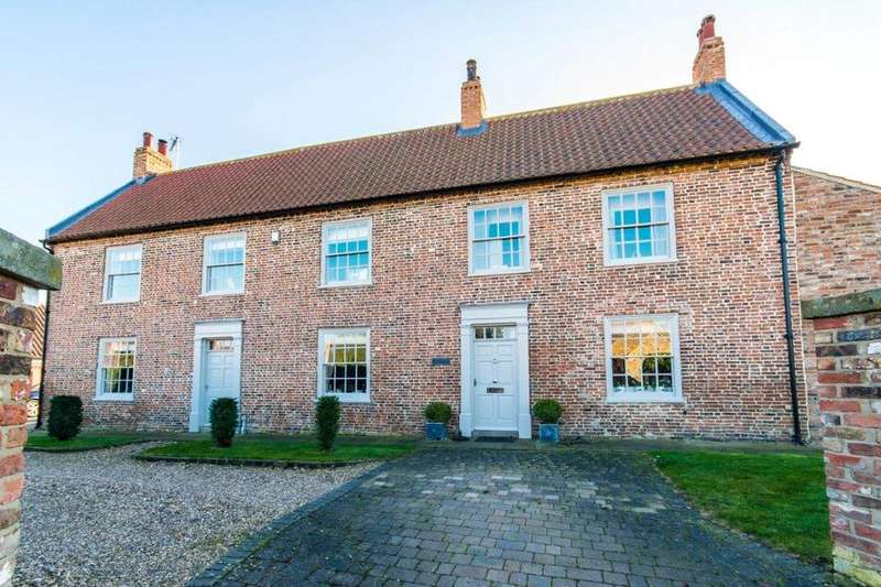 5 Bedrooms Detached House for sale in Wold Road, Barrow Upon Humber, Nth Lincs, DN19