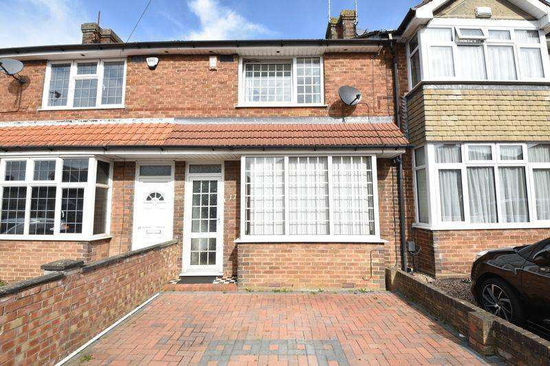 2 Bedrooms Terraced House for sale in Chesford Road, Luton