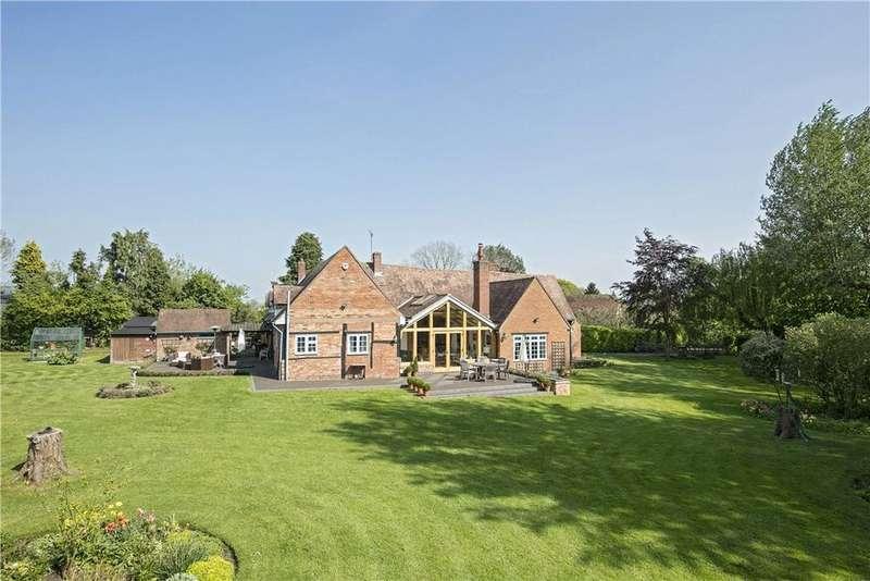 4 Bedrooms Detached House for sale in Broadwell, Rugby, Warwickshire, CV23