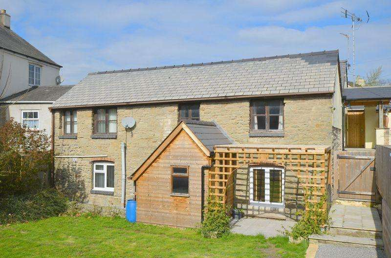 4 Bedrooms Detached House for sale in New Road, Whitecroft