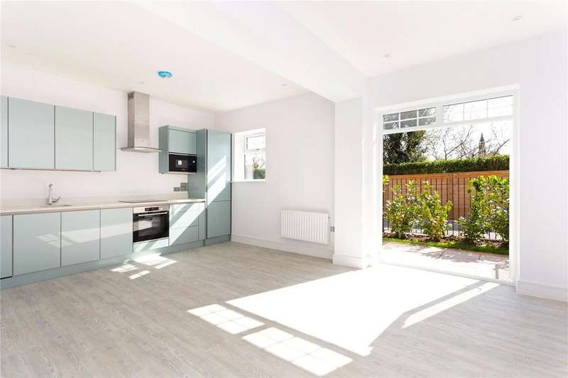 1 Bedroom Flat for sale in Marlborough House, Basingstoke Road, Spencers Wood, RG7