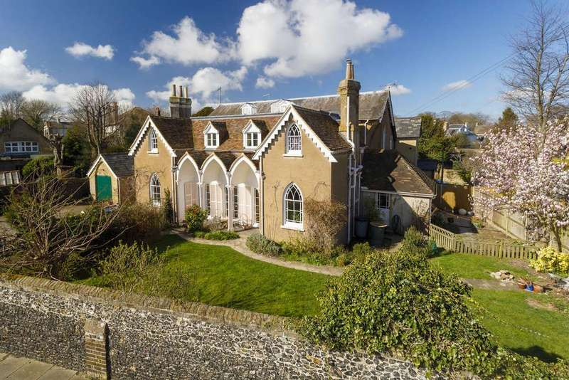 4 Bedrooms House for sale in Dover Road, Walmer