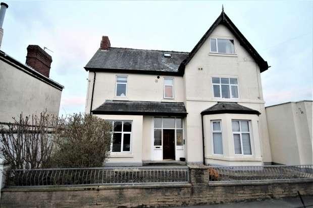 2 Bedrooms Apartment Flat for rent in 1 Station Road, Wesham, Preston, PR4