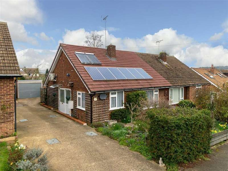 2 Bedrooms Semi Detached Bungalow for sale in Rye Hill, Harpenden, Hertfordshire