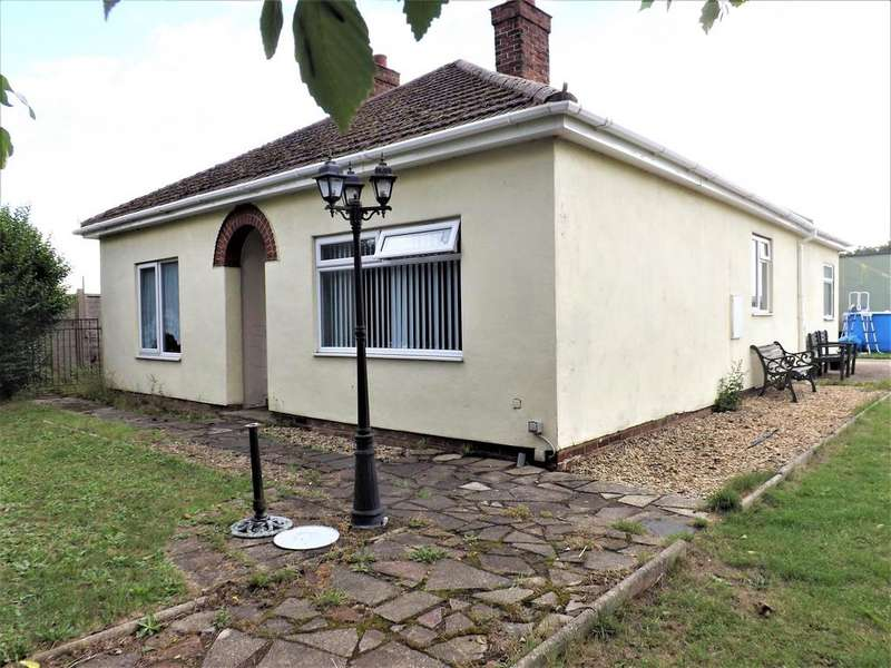 5 Bedrooms Bungalow for sale in Bungalow Annexe, High Road Whaplode