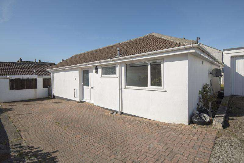 2 Bedrooms Detached Bungalow for sale in Rosemellin, Camborne