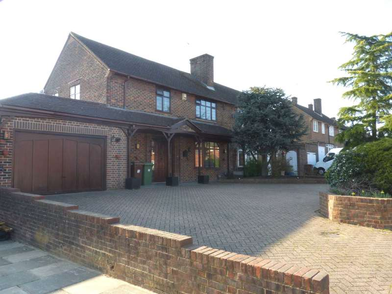 4 Bedrooms Semi Detached House for sale in Burghley Avenue, Borehamwood