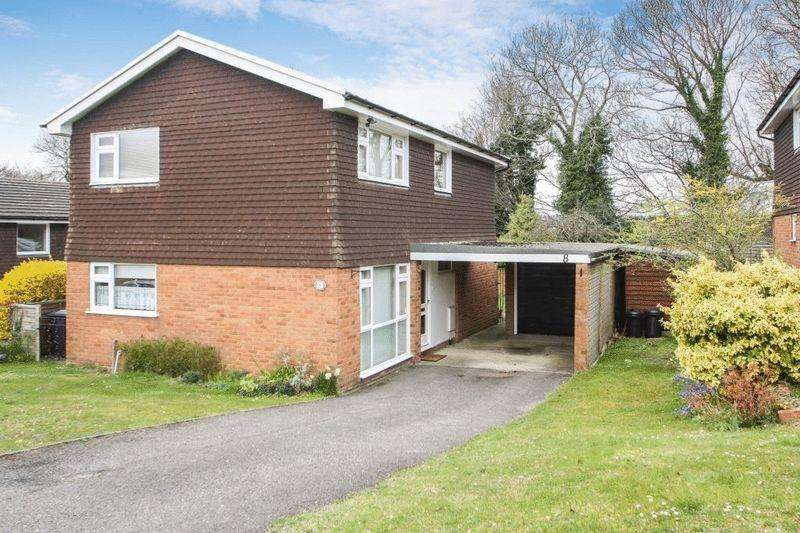 4 Bedrooms Detached House for sale in Close Proximity Of Town