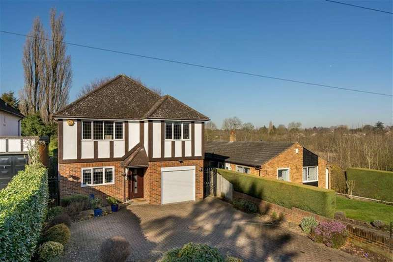 4 Bedrooms Detached House for sale in Ragged Hall Lane, St Albans, Hertfordshire
