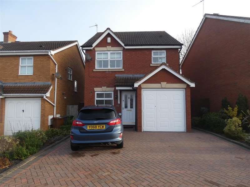 3 Bedrooms Detached House for sale in Ludworth Avenue, Marston Green, Birmingham