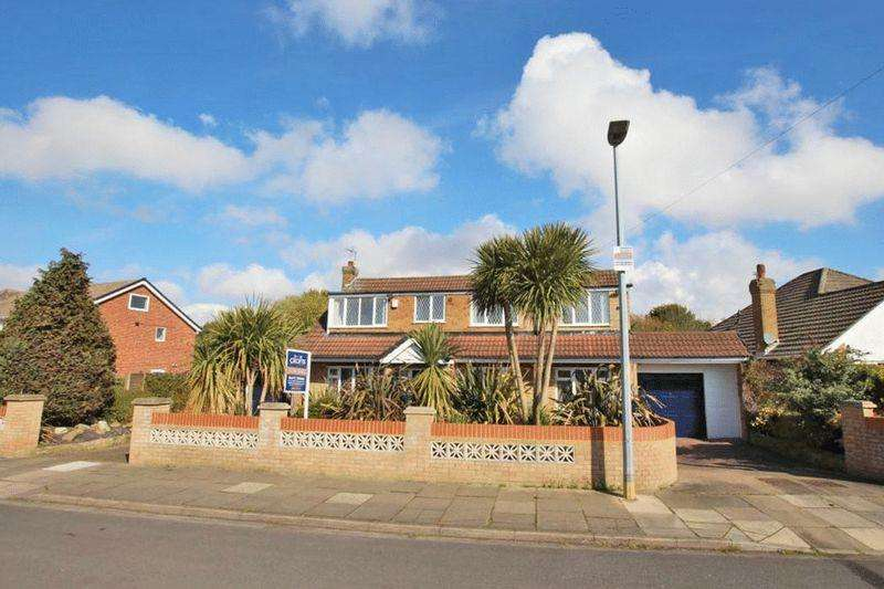 4 Bedrooms Detached House for sale in ALDRICH ROAD, CLEETHORPES