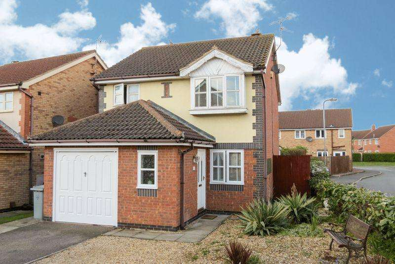 3 Bedrooms Detached House for sale in Bourne