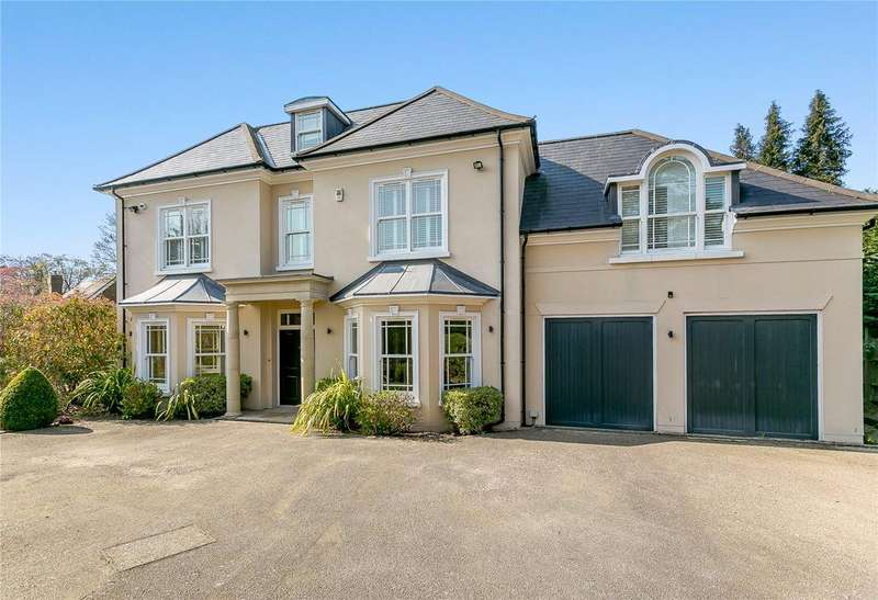 5 Bedrooms Detached House for sale in Fairbourne, Cobham, Surrey, KT11
