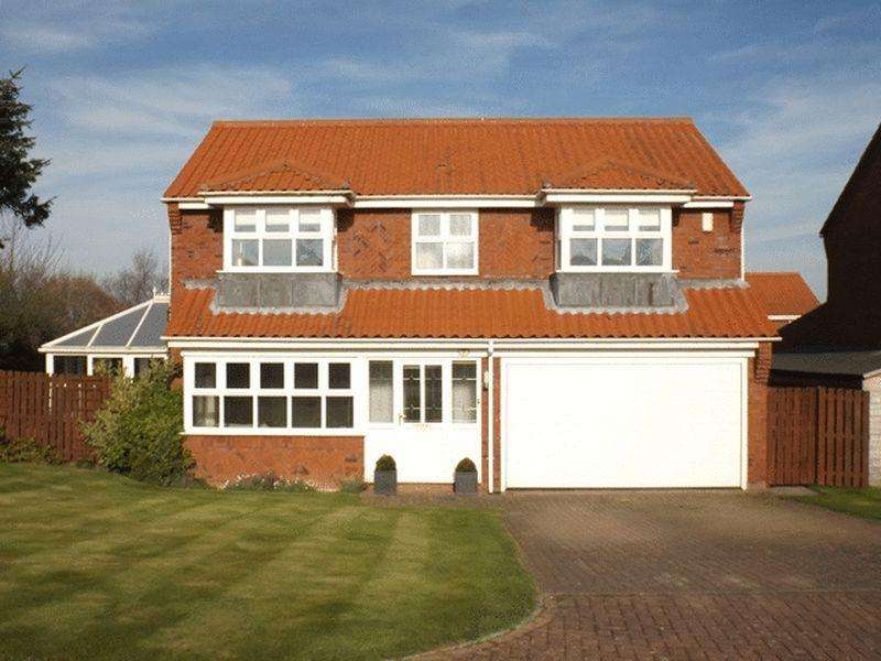 4 Bedrooms Detached House for sale in Oakdale, Nedderton Village - Four Bedroom Detached House